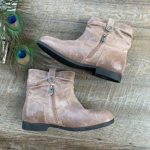 NWT Birkenstock Brown Boots
